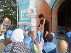Дошколятам о Православии рассказали в библиотеке старинного храма