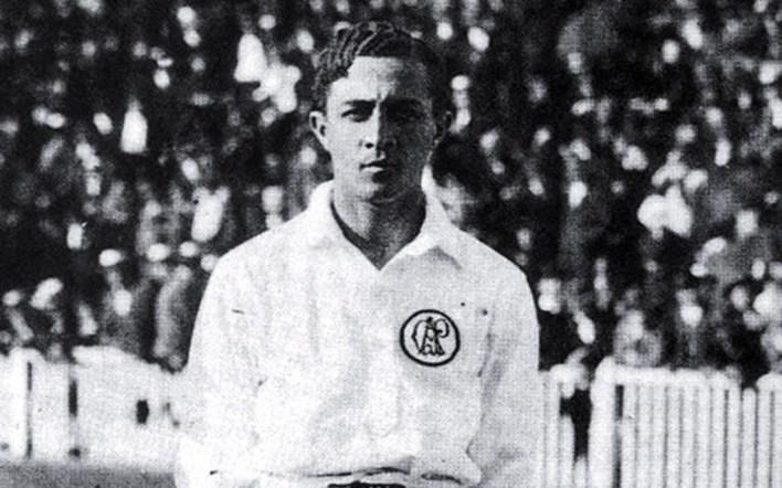 o maior artilheiro da história do futebol brasileiro, e top 3 dos maiores artilheiros da história do futebol mundial