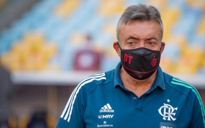 Domènec Saí do Flamengo e Vai Para o Internacional