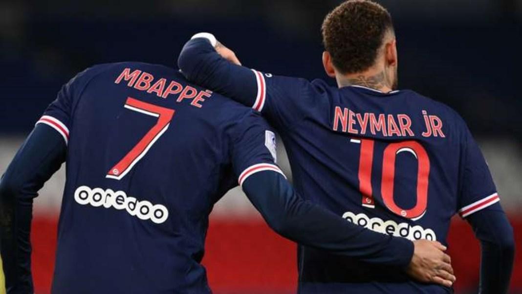 Neymar completa 100 jogos pelo PSG