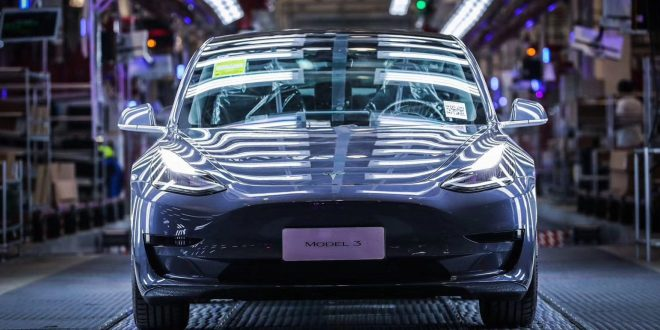 Tesla Model 3 poised for power liftgate, center console upgrade, new 'frunk,' and more