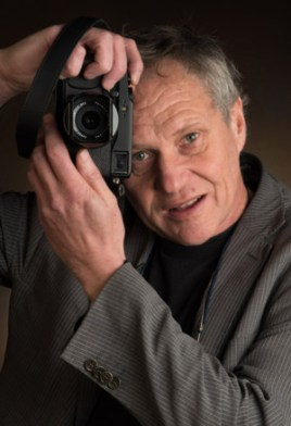 ik zelf evert E.J.Bruinekool Fotografie Hilversum Copyright naamsvermelding verplicht lid NVJ. Berlagelaan 62, 1222JZ, Hilversum, Nederland, tel. 31(0)356850950, fax. 31 356479199