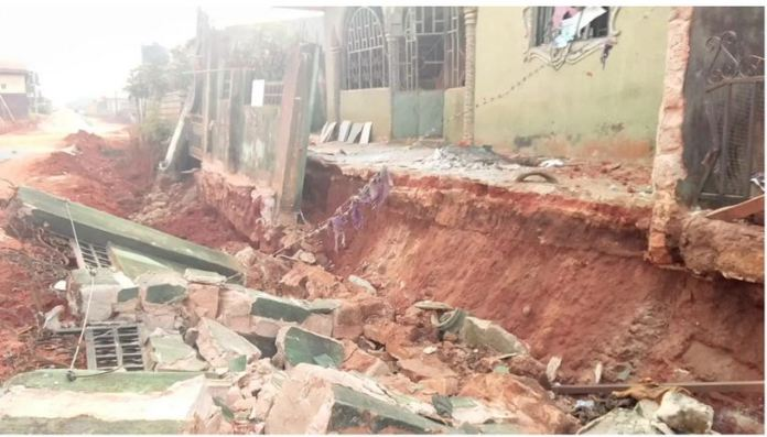 One Dead As Building Collapses In Ibadan