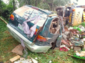 Oh No! 5 dead, 2 injured in Enugu road accident