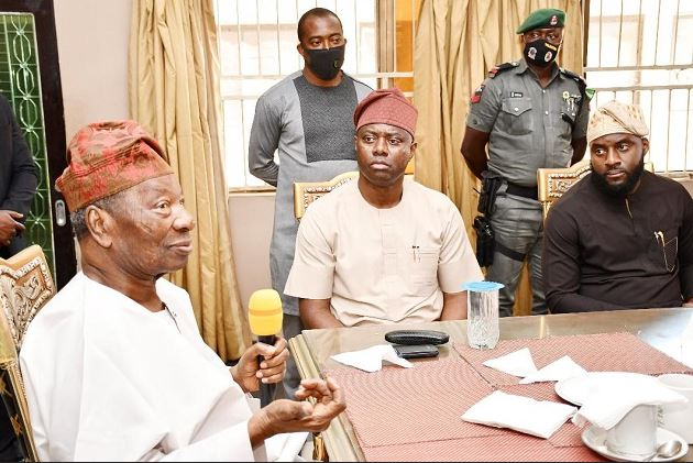 Soun Of Ogbomosho Turns Down N90M From The 100M Gov Makinde Offered Him After His Palace Was Vandalised