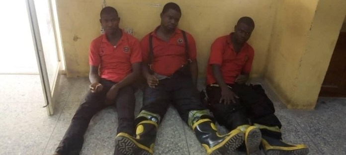 Hoodlums attack Lagos State firefighters, destroy engine