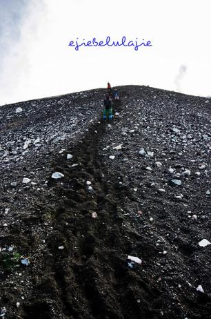Turunan Gunung Slamet via Guci (doc Riandika)