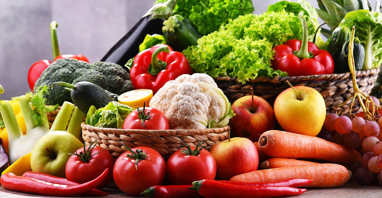 vegetables-fruit-table