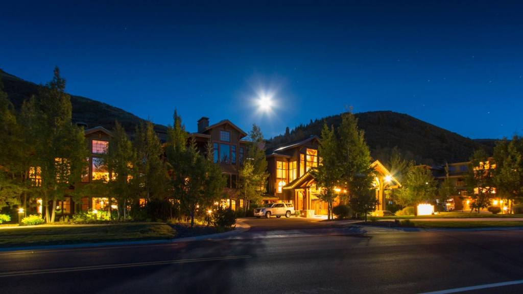 Evening view of Deer Valley Resort exterior