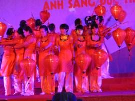 Vietnamese lantern dance