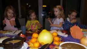 Kids busy eating--one of my favorite things