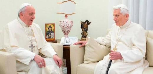Starsi papieże dwaj, czyli odwóch dziadkach, którychdostałem odKościoła