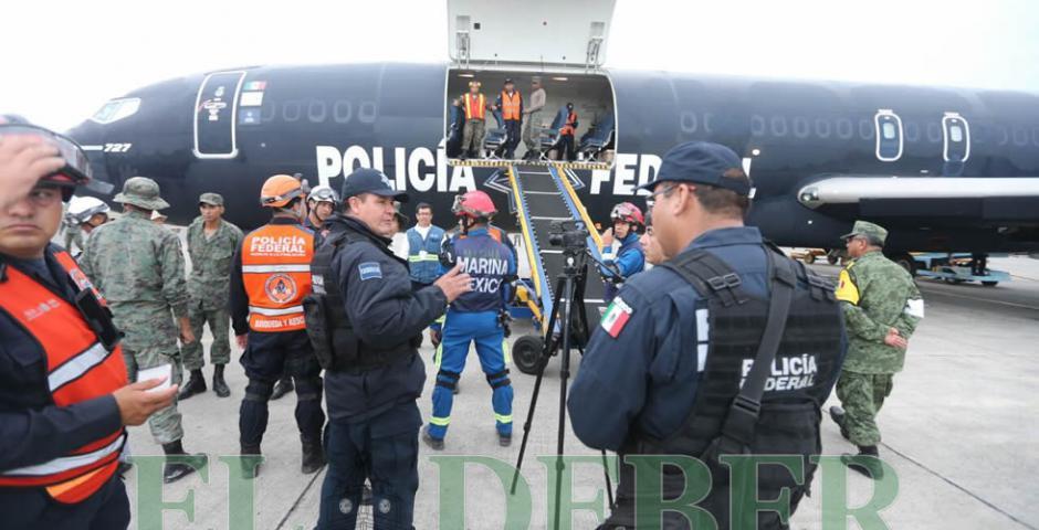 La ayuda humanitaria enviada por Bolivia llegó este jueves a la localidad de Manta (Ecuador)