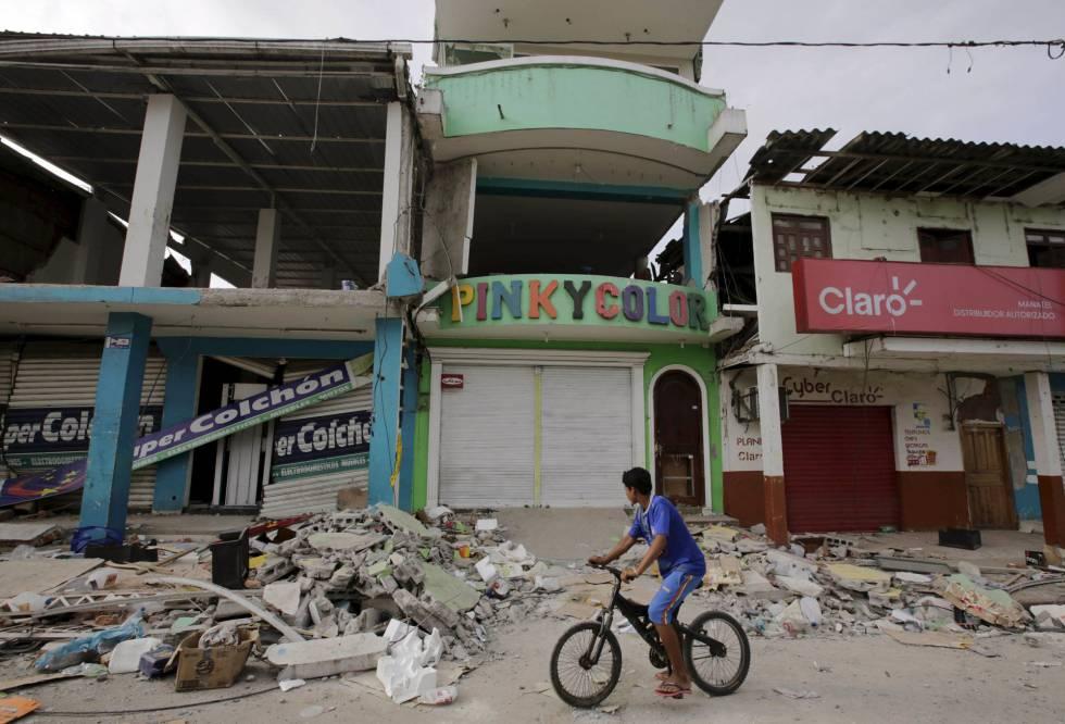 Casas derruidas en Pedernales