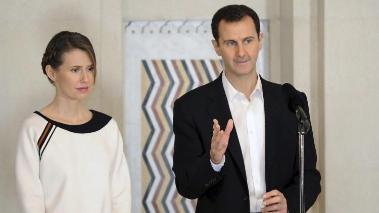 El presidente sirio Bashar Al Assad y su esposa Asma