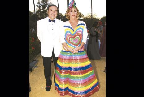 Su pareja sentimental de hace 30 años El periodista español Pedro José Ramírez es su pareja desde 1986. Han tenido problemas pero los superaron juntos.
