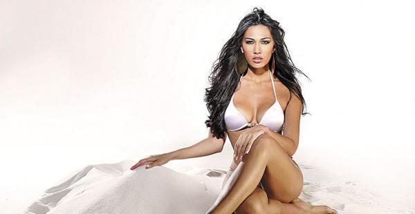 Olivia Pinheiro (miss Bolivia 2010) estará en Viva