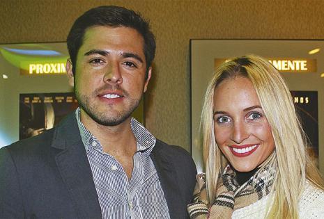 Jorge Calvo se divirtió en la sala con la modelo boliviana María Claudia Velasco