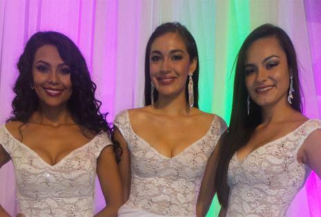 Marcela Gonzales, Sasha Taylor y Carla Valdivia optaron por un clásico color