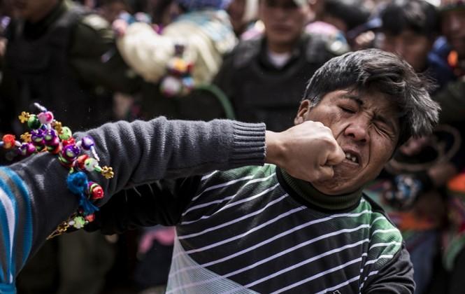 108 policías brindan seguridad en la tradicional fiesta del Tinku en Potosí