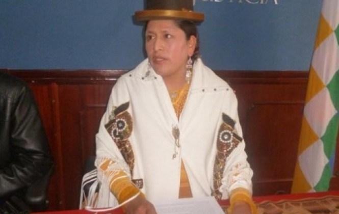 Ministra de Justicia dice que David Cayo y Álex Vásquez no son dirigentes de los discapacitados