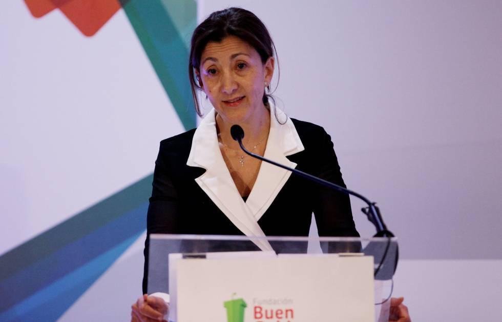 La excandidata presidencial colombiana Íngrid Betancourt pronuncia un discurso durante el foro 'La Reconciliación, más que realismo mágico'