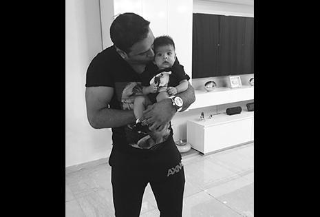 Jazmín Durán chochea con su primogénito