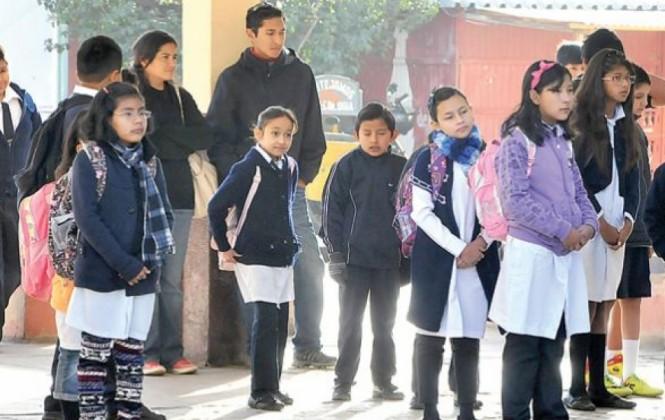 Estudiantes de La Paz, Oruro y Potosí iniciarán horario de invierno en lunes