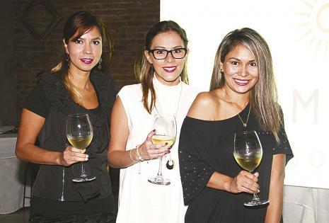 Verónica Urioste, Gabriela Peña y Anahí Ruíz se reencontraron en la cata y la pasaron increíble