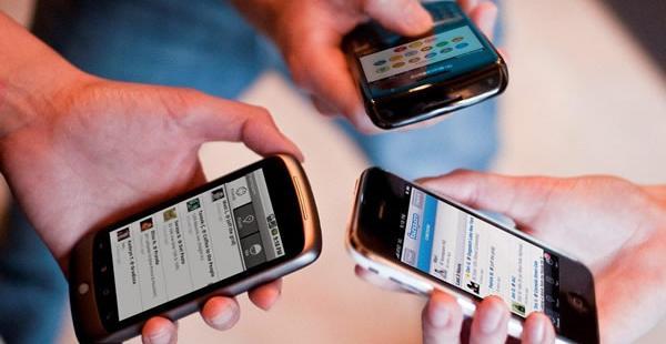 En 2011 el presidente Evo Morales promulgó la Ley de Telecomunicaciones que contempla este derecho.