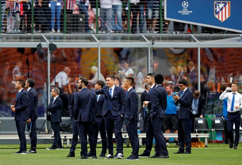El atlético de Madrid fue el primer en llegar al campo (Foto: Reuters)