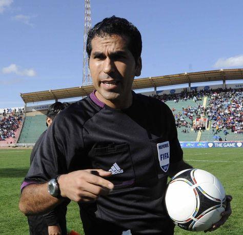 El árbitro FIFA Raúl Orosco