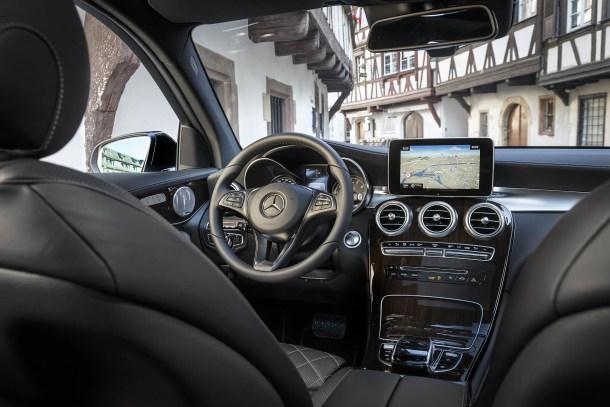 El nuevo sistema GPS diseñado por Mercedes Benz promete adaptarse a nuestra rutina. Fuente: AutoWeb
