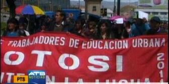 Maestros protestaron hoy. Mañana los médicos paralizarán actividades