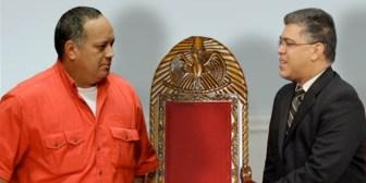 Buscan relevo para Chávez