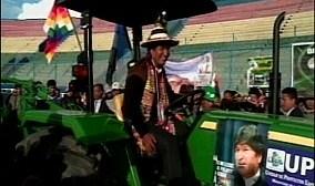 Tupiza. Para entrega de tractores,  condicionan llevar gente a acto donde estará Evo