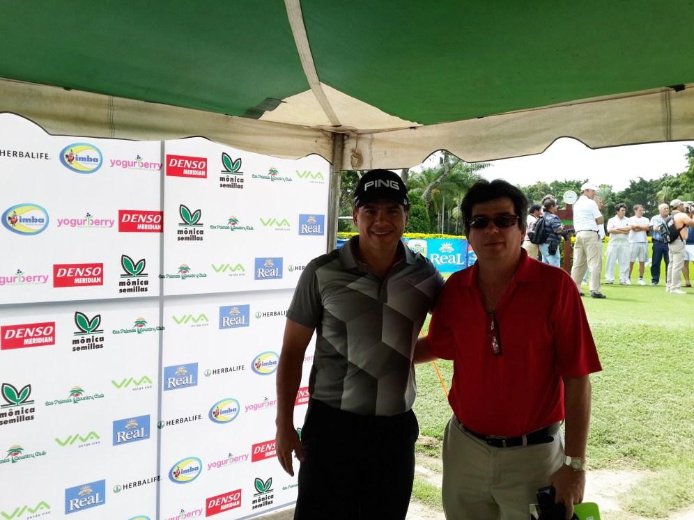 Alberto Landívar, capitán de golf del Country Club Las Palmas y Ernesto Justiniano