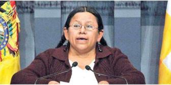 Caso Cutipa: Conminarán a ministra Achacollo para que responda cuestionario
