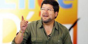 Doria Medina firma autógrafos con frase que se hizo viral en internet