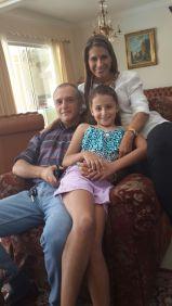 Sofía con sus padres, Eduardo y Patricia