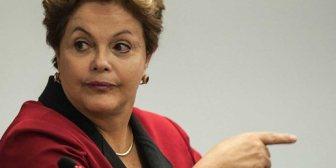 """¿Por qué Rousseff no revela quiénes son los """"enemigos"""" de Petrobras?"""