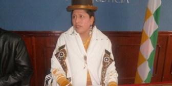 Acusan a familiares de la ministra de Justicia de cometer estafas