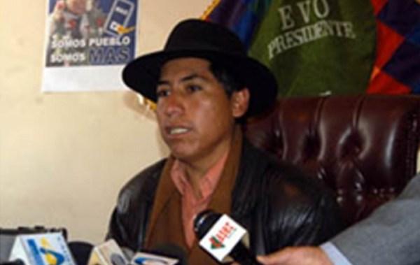 El exdiputado del MAS René Ramos viajaba en el TAM por Bs 21 y con descuentos de hasta 40%