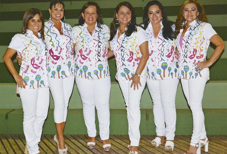 Sandra Áñez, Marina Santistevan (presidenta), Jackeline Suárez, Olga Saucedo, Viviana Pereira y Jackeline Severiche