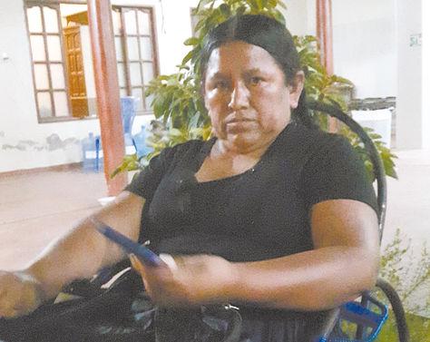 Montero. La exministra de Desarrollo Rural Nemesia Achacollo cuando recibió a La Razón en su casa.
