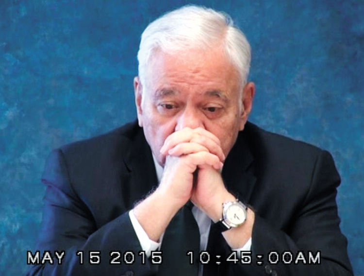 Requerimiento. Tres facetas del exmandatario boliviano Gonzalo Sánchez de Lozada, durante el interrogatorio del viernes 15 de mayo, en Estados Unidos. La cita fue a las 10.30.