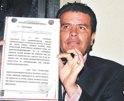 Peritaje. William Sánchez, abogado de la madre de Andrea.