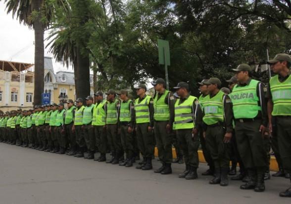 Efectivos policiales.   Foto ilustrativa -   Abi Agencia