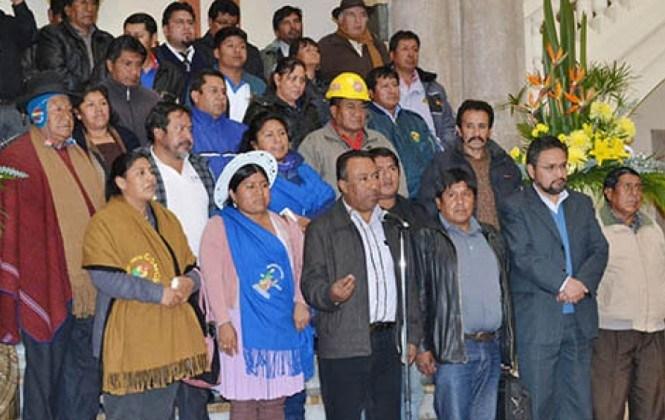 Organizaciones dicen que ministros las relegaron y no coordinaron en la campaña