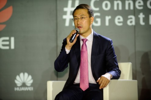 Kevin Ho, President, Handset Business, Huawei Consumer BG, hablando de los valores que Huawei y Lionel Messi comparten